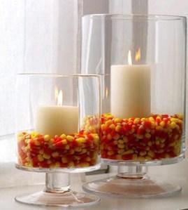 Velas y caramelos para decorar.